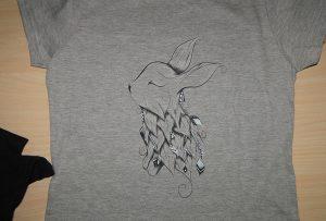 Pelēks T-kreklu drukāšanas paraugs ar A2 t-kreklu printeri WER-D4880T